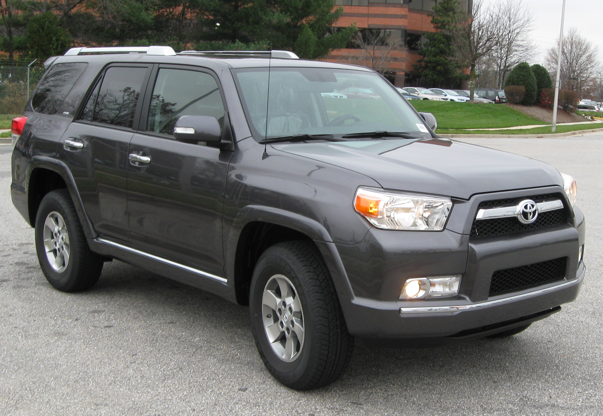 5 Must Have Interior Accessories for Your 4Runner